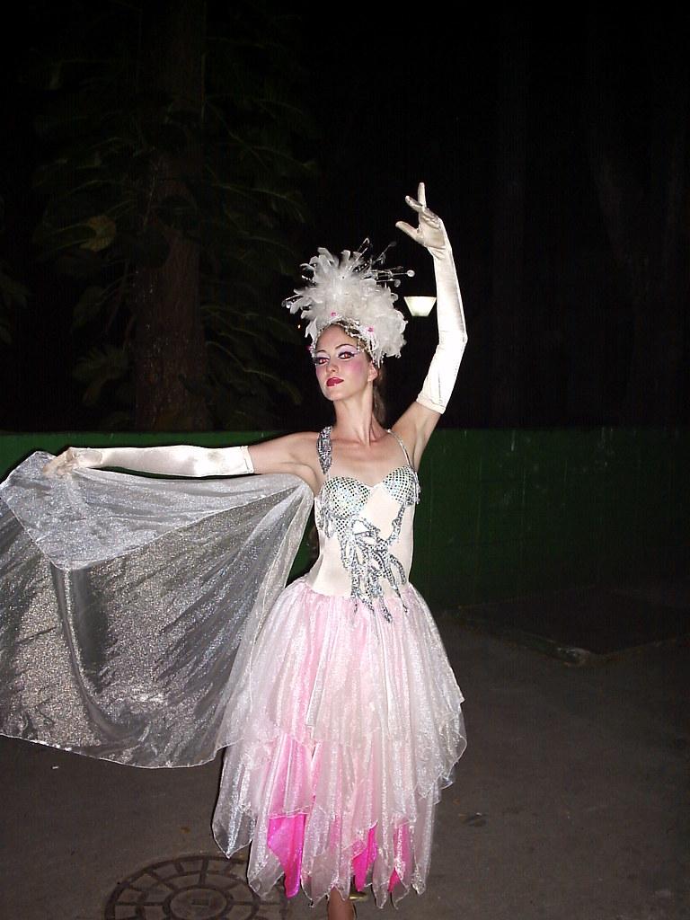 La cubana es la reina del Eden.....(fotos de bellezas en Cuba) 1554286176_c9321f2929_b