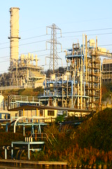 IMG_7789 (lepista) Tags: city morning chimney mist sunrise industrial stack pylon complex runcorn 20071020