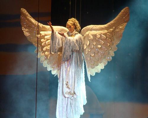 Beautiful Christmas Angel por Ms. Kathleen.