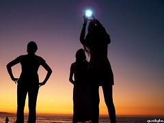 Witchcrafts (Gustavo Nudo (Guslight)) Tags: chile sunset contraluz atardecer flash meeting cielo siluetas proserpina reaca flickrmeeting flickrs cayoyin guslight saturnita gustavonudo