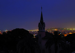 La Casa de Gaudí (SlapBcn) Tags: barcelona noche slap hdr nit parcgüell antonigaudí vob canong7 amazingamateur torrerosa theperfectphotographer slapbcn