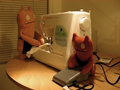 """Three cents a day!"" (Driving in Heels) Tags: sewing sew singer uglydoll uglydolls wage wages dohmestic theicebatsknitthewagessew forscooterdeb"