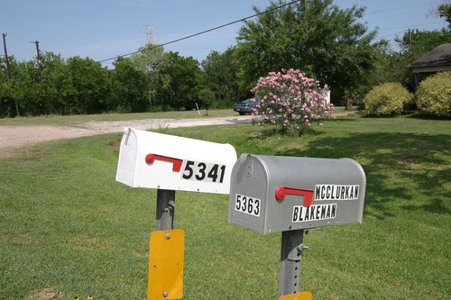 Mail box, US style.