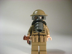 Lego ww1 gas mask! (Epac1998) Tags: world two one belt war lego mask brodie gas ww2 british ww1 amo smle brickarms brickforge
