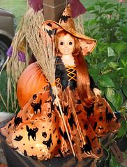crissy witch (plumaluna07@sbcglobal.net) Tags: halloween mod doll dolls witch bjd witches ideal dollfie crissy