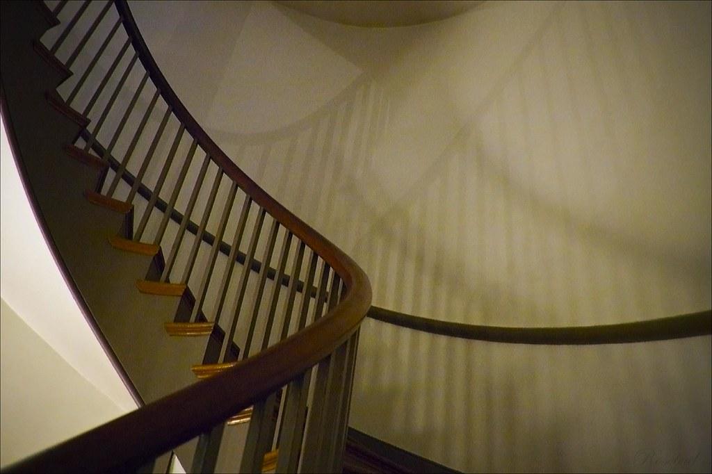 Shaker staircase 1 ©2007 RosebudPenfold