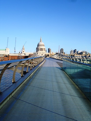 Millennium Bridge 8:30am Saturday