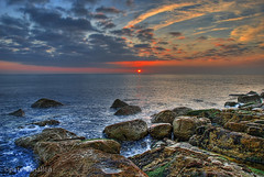 Bill rocks (petervanallen) Tags: sunset sea seascape sunrise 35mm landscape nikon rocks tripod f8 hdr portlandbill naturesfinest d80 5exp mywinners