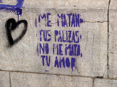 me matan tus palizas no me mata tu amor (_tonidelong) Tags: urban detalle art stencil grafitti arte pop violence urbano machismo peleas violencia violent sexism estel mematantuspalizas nomematatuamor