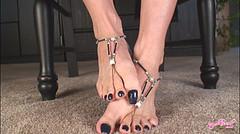Emailing: under-table-hi (lyonslyonslyons) Tags: long toenails