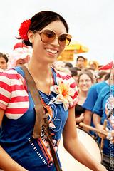 .Rio Maracatu.#02 (www.flickr.com/photos/tatialmeida) Tags: music woman colors girl smile riodejaneiro explore ipanema maracatu riomaracatu ipanemabeach carnaval2008 cfrj