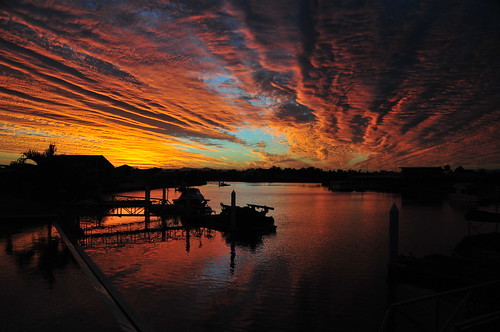 フリー画像| 人工風景| ドック/船渠| 夕日/夕焼け/夕暮れ| 空の風景| 雲の風景| オーストラリア風景|     フリー素材|