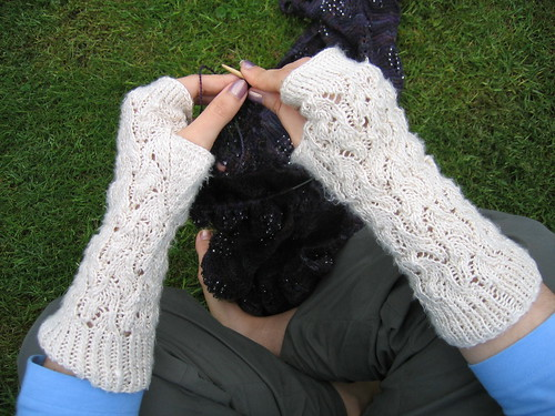 Lace Arm Warmers Knitting Pattern : Spacecrafty   Whitewater wristwarmers (reposted from magknits by Jam)