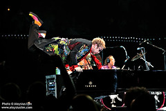Sir Elton John (AloysiusLim / PhotoPitAccess.com) Tags: music concert singapore tour live rocketman piano eltonjohn yamaha gigs ej sir indoorstadium aloysiuslimphotography