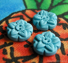 Blue flower buttons