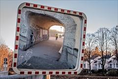 Mirrored (Heinrich Plum) Tags: heinrichplum plum fuji xe2 xf35mmf2 munich münchen spiegel spiegelung spiegelbild mirror trafficmirror abendlicht eveninglight streetphotography streetphotographie street bavaria bayern fussgänger pedestrian oberföhringerwehr verkehrsspiegel