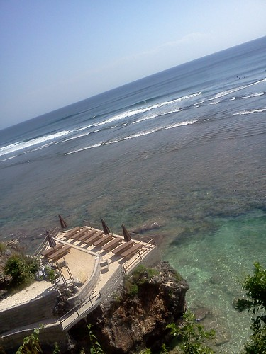 Suluban Beach