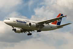 Yemenia A310-324 F-OHGS (happyrelm) Tags: heathrow aircraft airbus airliner a310 yemenia a310324 cn704 fohgs