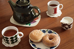 (sandra juto) Tags: blue green home cup table 1 milk tea donut teapot coaster churn fika prunus teak stiglindberg bers pfannkuche plaste