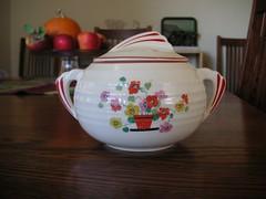 Sugar Bowl (RRLibrarian) Tags: bowl sugar secondhand sugarbowl