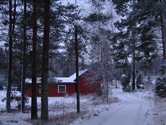 Bright house.. (Johnnyporvoo) Tags: winter snow barn suomi finland redhouse porvoo borg