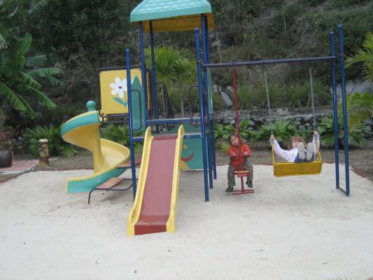 kids_playground_1
