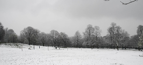Snow over London 04.jpg