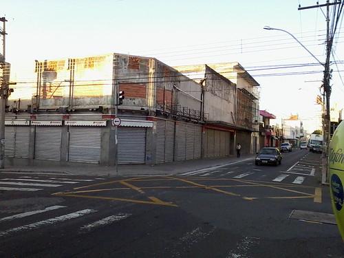 Mudança nas fachadas do comércio de Piracicaba