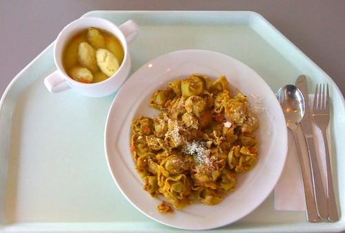 Tortelloni al pesto basilico