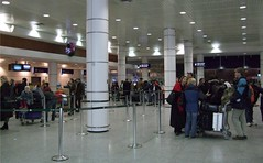 AC Air Canada Check in @ YUL Montral Pierre Elliott Trudeau International Airport ((^_~) [MARK'N MARKUS] (~_^)) Tags: airport montral pierre montreal international ac elliott trudeau aircanada 1000v fv1