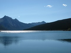 Medicine Lake (Minkum) Tags: canada reflection water sparkles rockies lakes canadian alberta jaspernationalpark medicinelake welltaken naturewatcher