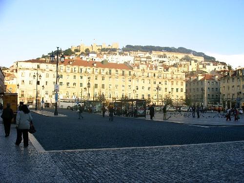 La colina del castillo desde La Baixa