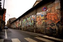 Via Fioravanti @ Milano (Marco Pel) Tags: street art graffiti nikon chinatown d70 milano digitale via capodanno cartelli balcone cinese divieto pezzi 1870 fioravanti