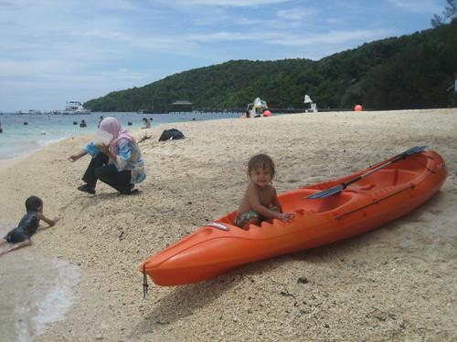 angus_kayak_1