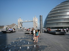 Along The Thames (Corien van Delft) Tags: city uk greatbritain trip family friends light england holiday cute london english nature beautiful big bravo traffic sweet gorgeous united traditional famous capital guard police kingdom images area limestone bobby romantic british fav elizabethan favourite simple picturesque isle idyllic bobbies engeland albion sceptre londen engels brits londonist britsh offence 5photosaday hoofdstad koninkrijk verenigd grootbrittanni