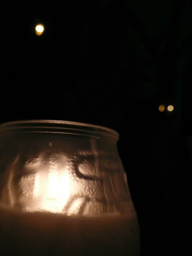 Candle at the food truck