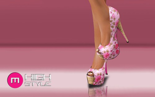 RIVEA Pumps by Mikee Mokeev