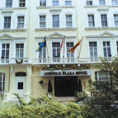 ノーフォーク プラザ ホテル