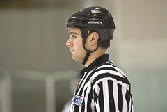 Linesman David Gibbons (mark6mauno) Tags: david hockey gardens nikon western states d200 nikkor league glacial gibbons 70200mmf28gvr linesman nikond200 davidgibbons wshl glacialgardens 200708 westernstateshockeyleague