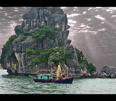 Halong Bay Squid Fishing Boat (5,350+ Views) (mliebenberg) Tags: fishing scenery vietnamese vietnam fishingboat halong halongbay squidboat blueribbonwinner mywinners anawesomeshot superaplus aplusphoto frhwofavs excellentphotographerawards