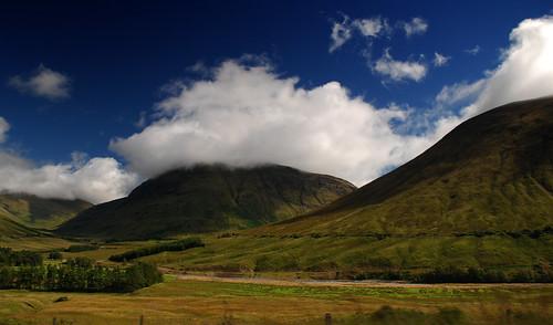 Atravesando el Glen Coe. Por Escocia (20)