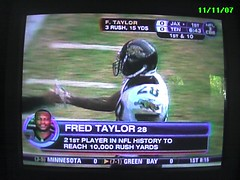 Fred Taylor breaks 10,000 yards