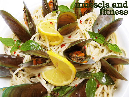 Mussels Spaghetti in a White Wine and Basil Oil Broth (with title)