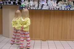 Look but don't touch (JancyLI) Tags: cute look shopping twins hands touch behavior 3yearsold
