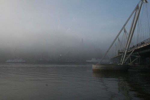 London - The River Thames in the fog 2