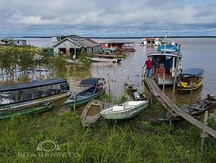 Rio Solimões (Rita Barreto) Tags: rio riosolimões amazônia autazes amazonas nortedobrasil brasil américadosul embarcaçõesnaamazônia barcos lanchas transportefluvial postoflutuante