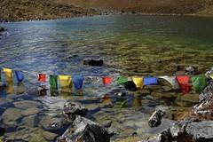 2007-10 Bhutan 444 (blogmulo) Tags: travel lake reflection trek october asia colours bhutan prayer buddhism flags viajes himalaya 2007 chomolhari blogmulo chomolharitrek