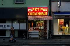 AKTIV CHICKENHAUS (joaobambu) Tags: street red berlin sign shop germany deutschland store fastfood meat laden kebab berlim neuklln karlmarxstrasse chickenhaus
