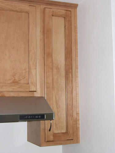gaps between end kitchen cabinets and wall