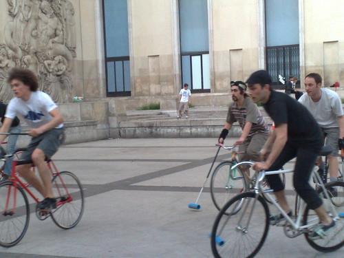bike polo au palais de tokyo